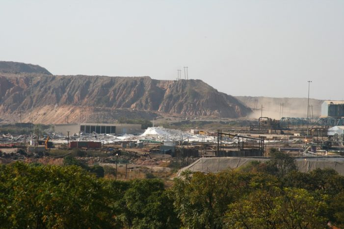 This image has an empty alt attribute; its file name is nchanga_copper_mine_near_chingola_zambia_wikimedia-701x467.jpg